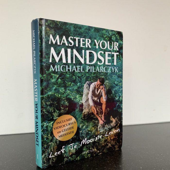 Schrijvende ondernemers #3: 'Je moet zelf in staat zijn om je boek te verkopen.'
